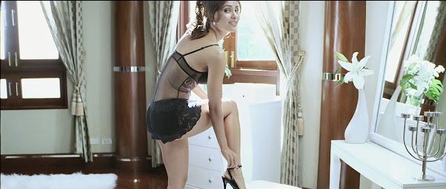 Lara Dutta in Bikini