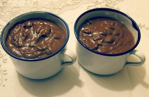 Dos tazas de chocolate