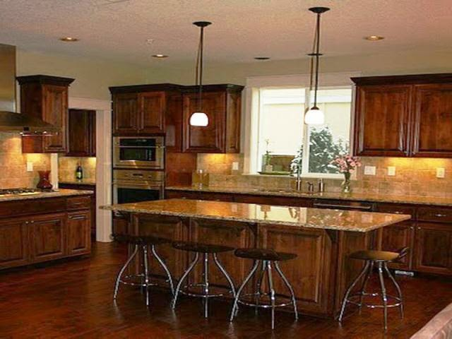 Wall paint colors for kitchen for Dark walls in kitchen