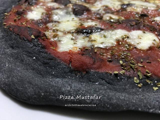 La pizza Mustafar per lo Star Wars Tribute