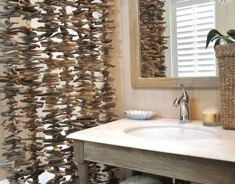 driftwood screen in bathroom