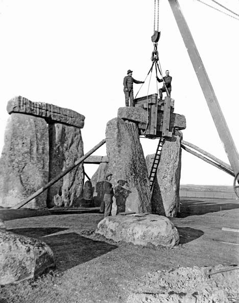 Untold Story: How They Rebuilt Stonehenge