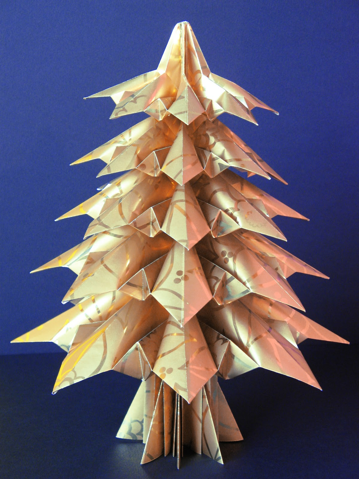 christmas tree napkin folding instructions