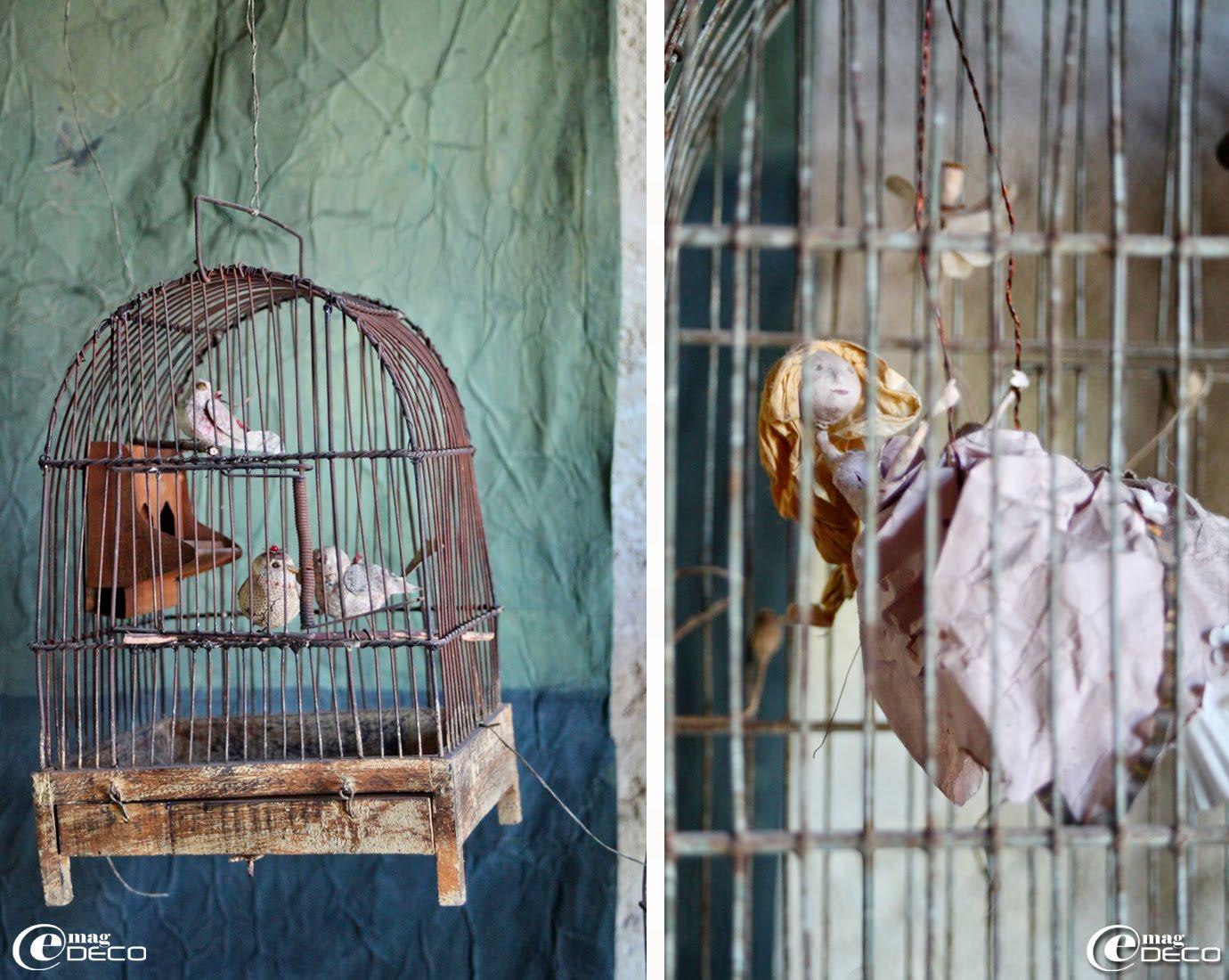 Oiseaux en papier dans une ancienne cage suspendue, créations Miss Clara