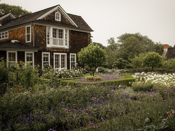 Ina Garten House Pictures the polished pebble: ina's garden in the hamptons