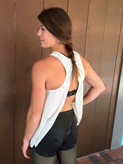 lululemon-training-tough-crop palm-party