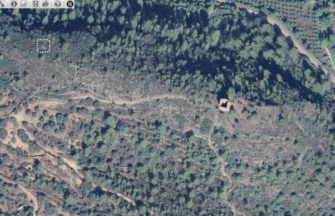 Ortofoto con la ubicación de la sima