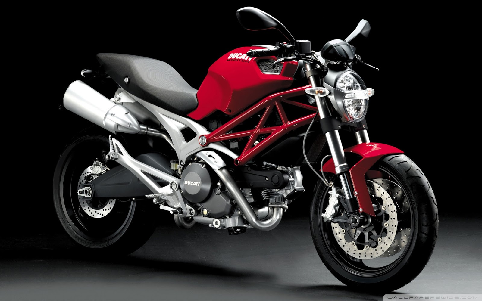 ducati monster 696 bike special. Black Bedroom Furniture Sets. Home Design Ideas