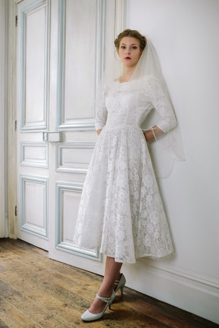 Vintage 1950s lace wedding dress, tea length skirt, price £995