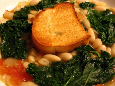 Italian White Bean and Kale Soup