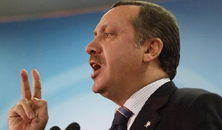 """Ξέφυγε για τα καλά ο """"Σουλτάνος"""": Ο Ερντογάν θαυμαστής του συστήματος του Χίτλερ!"""