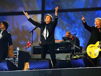 Paul McCartney cobró  una libra por cantar en la inauguración