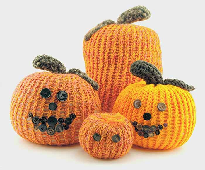 http://kniftyknitterweekly.blogspot.com/2014/02/pumpkin-patterns-for-knifty-knitter.html