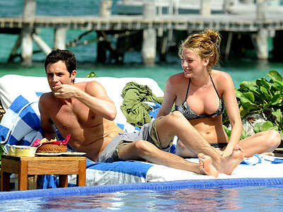 Blake Lively  Penn on Hollywood Hottest Wallpapers  Blake Lively And Penn Badgley 2010
