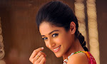 Illeana hot in Devudu Chesina Manusulu Movie-thumbnail