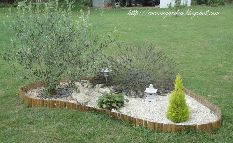 Cocoon garden premi re s rie de pav s install e for Decoration jardin olivier