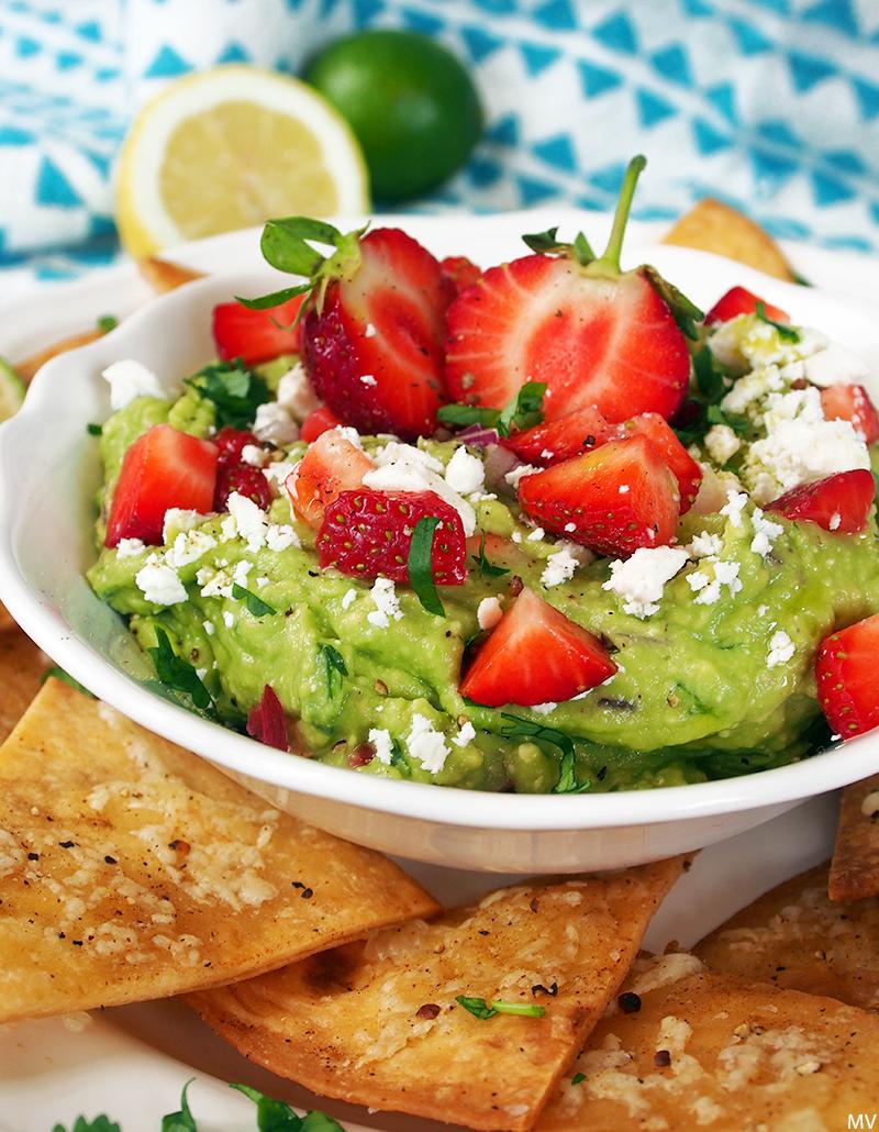 ♥ Mansikkainen feta-guacamole & tortillanachot