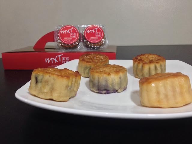 MXT Mini Mooncakes Mid-Autumn Festival Gift Set