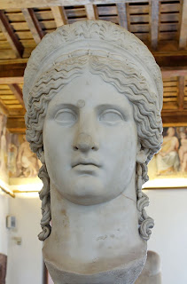 Antonia Minor, hija  de Marco Antonio y Octavia  - a. 36 a.C.- 38d. C. - también llamado Hera Ludovisi