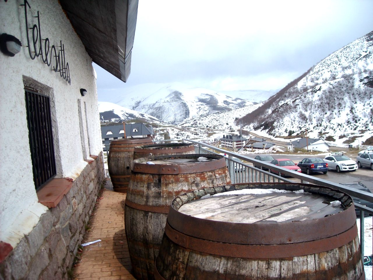 pajares nieve esquí montañas asturias invierno bar