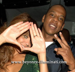 is beyonce illuminati roc sign