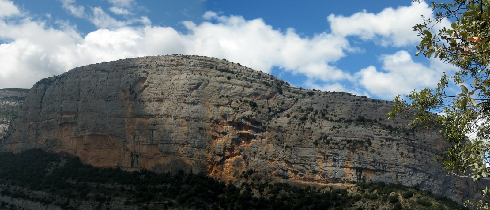Roca dels Arcs
