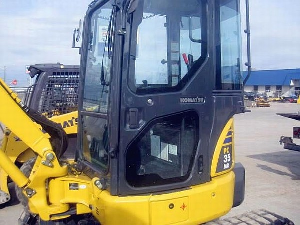 Mini Construction Equipment : Komatsu mini excavators construction equipment photos news