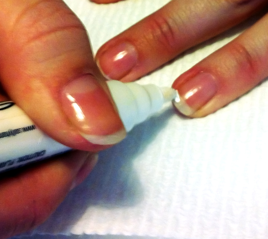 Nail yourself tip the french tip nail yourself tips solutioingenieria Images