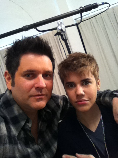 justin bieber new haircut 2011. Look at Justin Bieber#39;s new