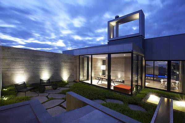 Casas minimalistas y modernas patios actuales for Casas actuales modernas