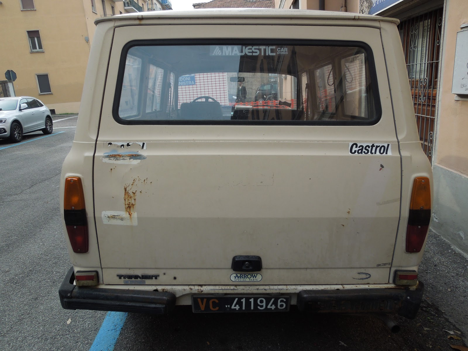 Submission 1978 ford transit pavia italy mk2 transit wiki photo claire dilworth