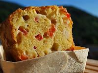 pastel de mozzarella y albahaca