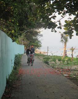 Gowes Di Pantai Sanur Bali