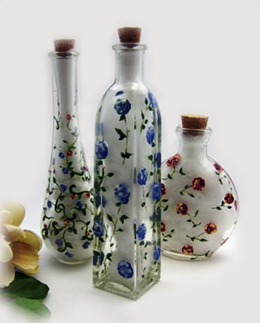 hand painted glass bottle ~ projects ideas art and craft