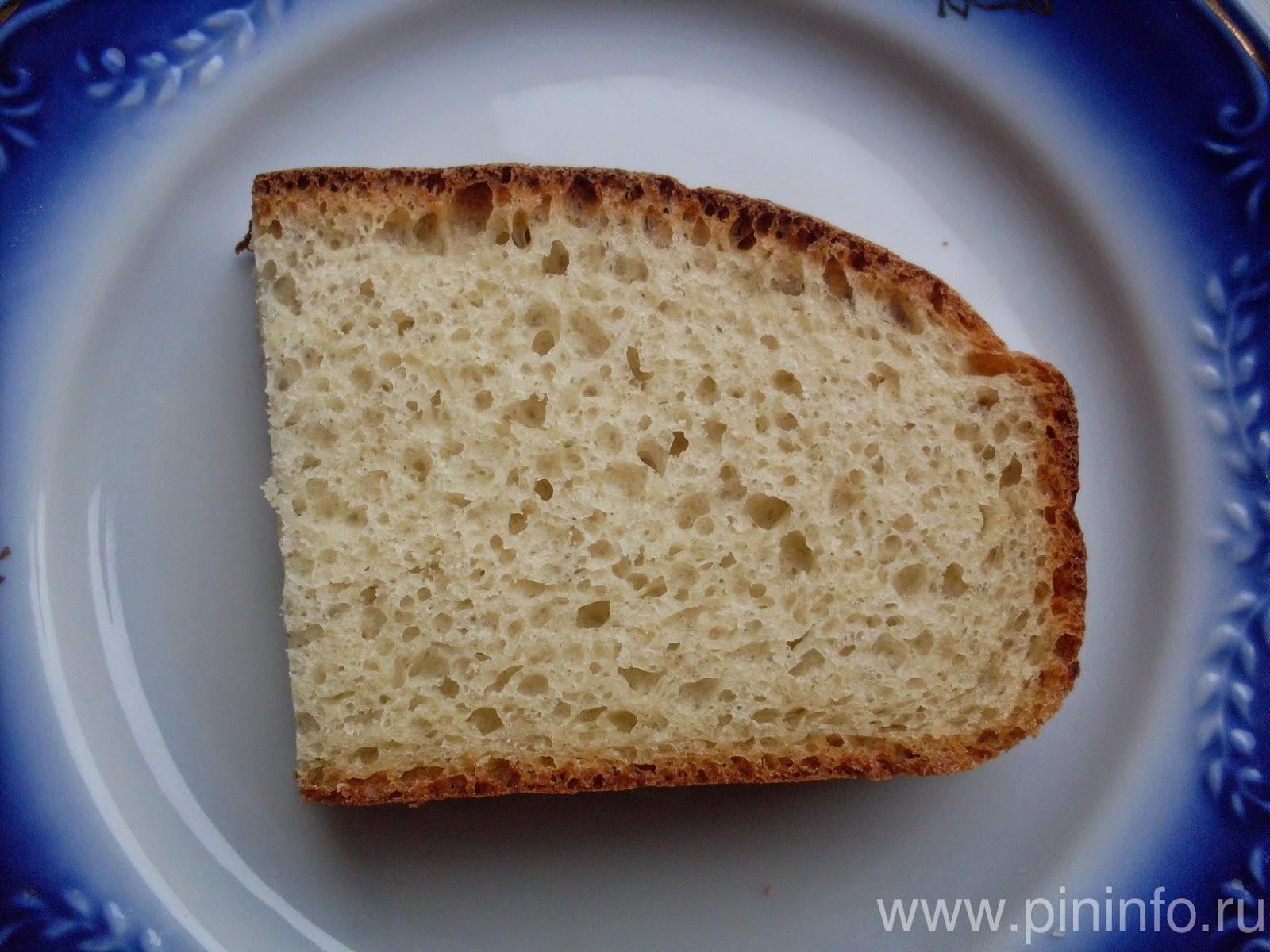 Кусок хлеба на закваске