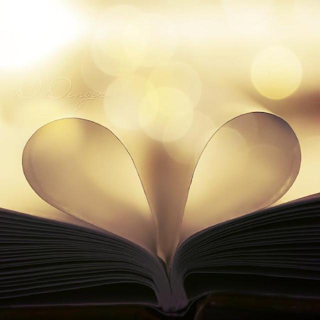 Beautiful light background heart bokeh effect