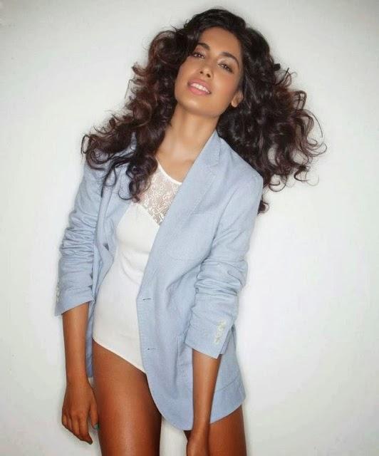Sarah Jane Dias's Hot and Sexy Photos Collection
