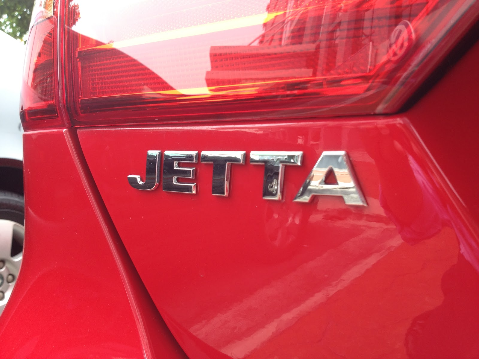 The Volkswagen Jetta - A (Price) Class Above - kensomuse