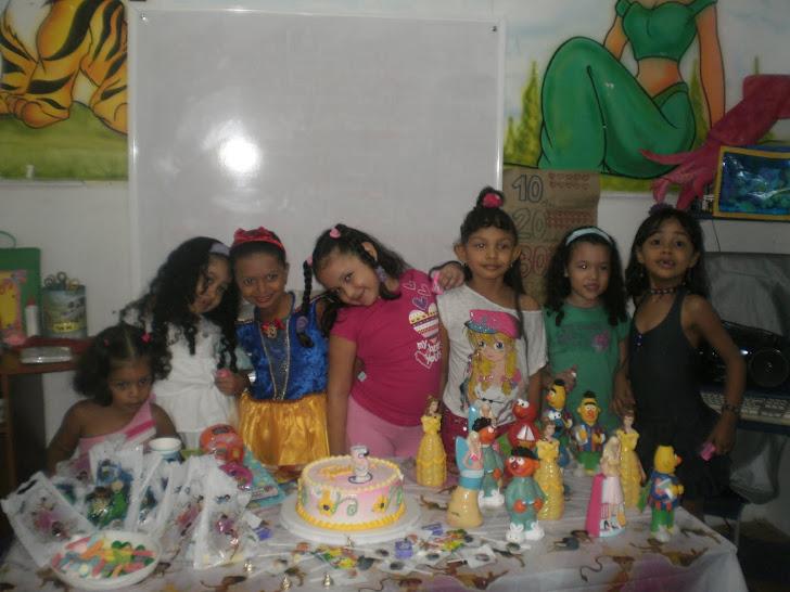 Cumpleaños de Stephania, niña estrella