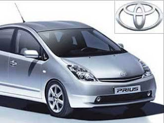 <img alt='Mobil Toyota' src='http://i49.tinypic.com/2hid0dy.jpg'/>