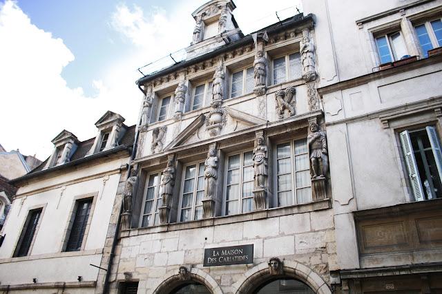 Maison des Cariatides - Dijon