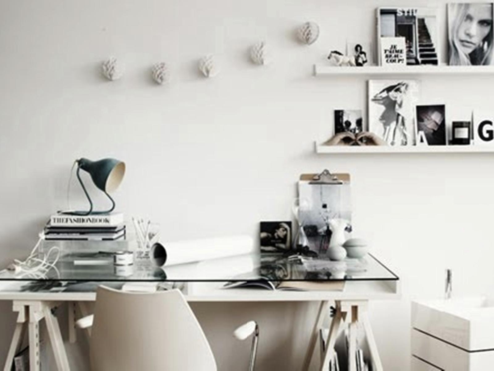LeFer Blog Fernanda Dallan: Decorando sua Escrivaninha #5B4F43 1600x1200