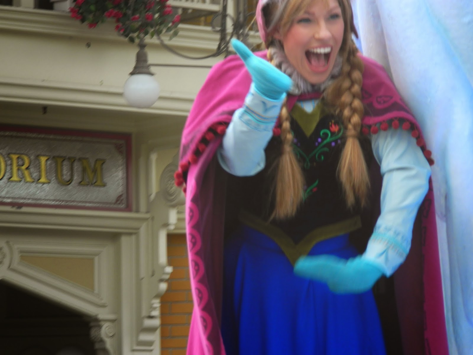 Disneyland Paris May 2014 Frozen At Disneyland Paris The