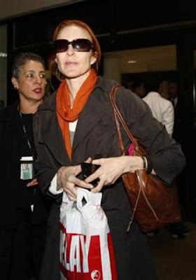Celebrity Airport Fashion Seen On www.coolpicturegallery.us