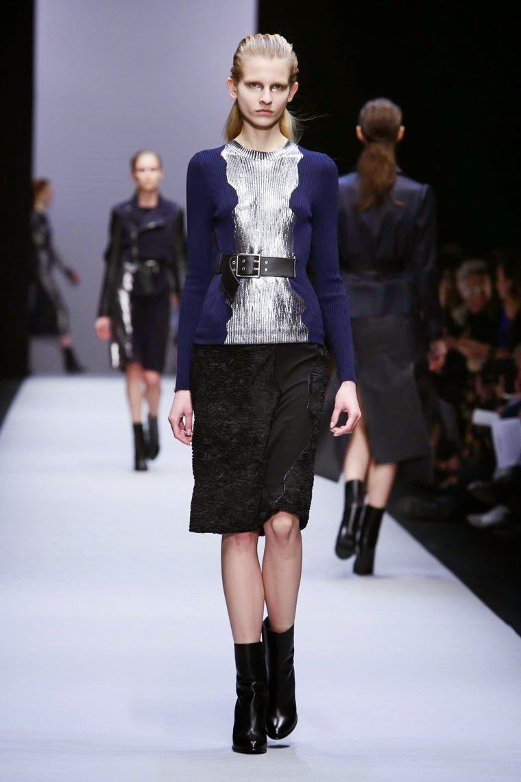 Guy Laroche, Guy Laroche AW15, Guy Laroche FW15, Guy Laroche Fall Winter 2015, Guy Laroche Autumn Winter 2015, Guy Laroche fall, Guy Laroche fall 2015, du dessin aux podiums, dudessinauxpodiums, vintage look, dress to impress, dress for less, boho, unique vintage, alloy clothing, venus clothing, la moda, spring trends, tendance, tendance de mode, blog de mode, fashion blog, blog mode, mode paris, paris mode, fashion news, designer, fashion designer, moda in pelle, ross dress for less, fashion magazines, fashion blogs, mode a toi, revista de moda, vintage, vintage definition, vintage retro, top fashion, suits online, blog de moda, blog moda, ropa, asos dresses, blogs de moda, dresses, tunique femme, vetements femmes, fashion tops, womens fashions, vetement tendance, fashion dresses, ladies clothes, robes de soiree, robe bustier, robe sexy, sexy dress