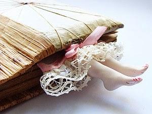 """Винтажные закладки для книг """"Дамские ножки"""""""
