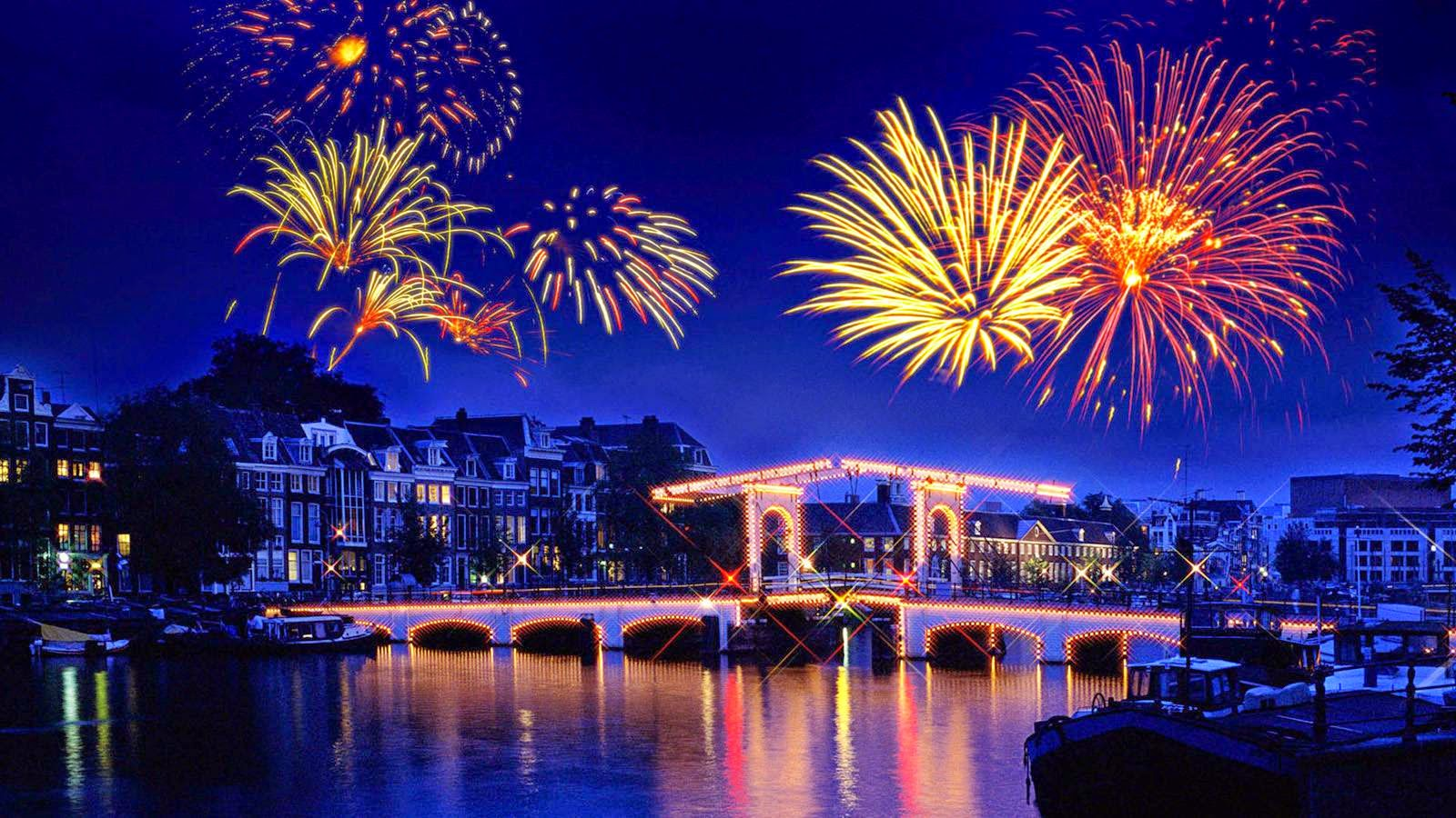 happy new year wallpapers with crackers lightshow happy new year messages 2015
