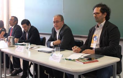 Conferência Nacional 2003-2013 Uma nova Política Externa