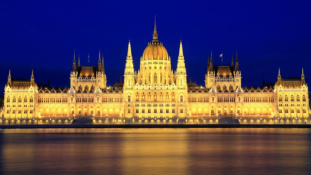 Parliament Budapest Hungary HD Wallpaper