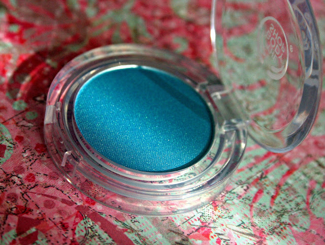 The Body Shop Spring 2013 Collection Colour Crush Eye Shadow in Something Blue